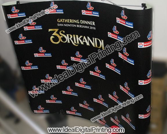 Backdrop Photo Anniversary Warna Warni Advertising