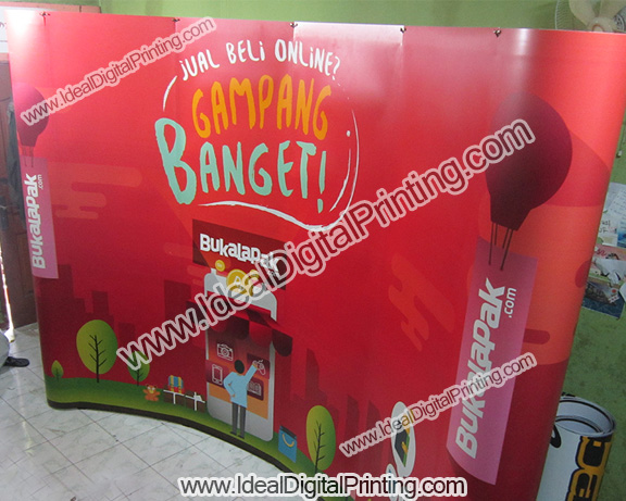 Backwall curve 3x4 Buka lapak.com