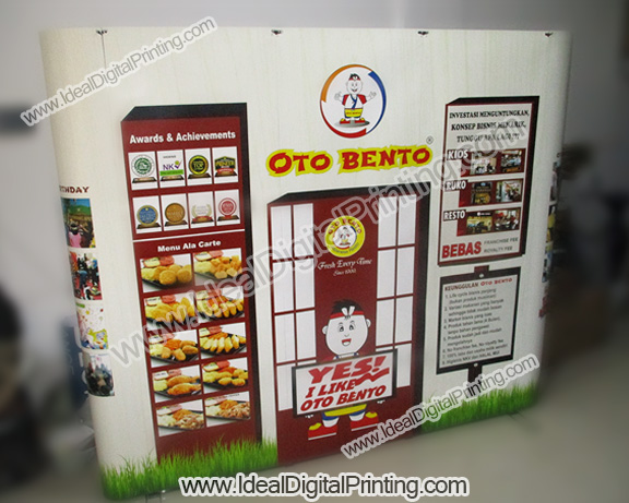 Backdrop expo jualan OTO BENTO