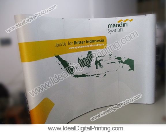 Pop up counter untuk Bank Mandiri