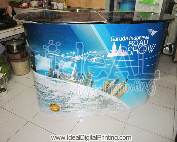 Meja Pop up Garuda Indonesia