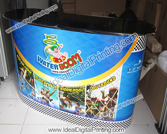 Backdrop Booth Portable dan meja Pop up counter Water Boom Cikarang
