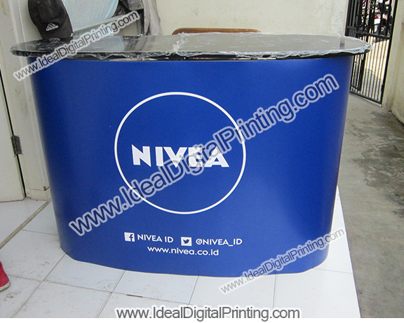 Meja Pop up counter Nivea